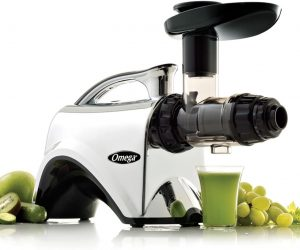 Omega Extractor and Nutrition Center Juicer reviews and user guide